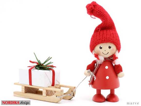 NORDIKA design ニッセドール 「プレゼントをひいた コートの女の子」