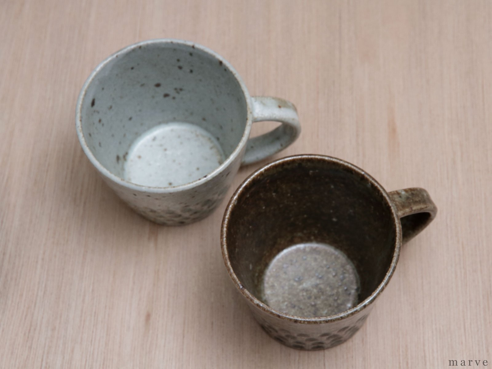 伊藤豊 ブロック柄 マグカップ 粉引