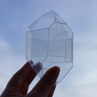 『ルーチカ』水晶型クリアケース
