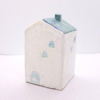 『ツメサキの世界』 白い漆喰の壁の家(大)B