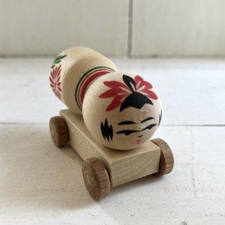 『カガモク』木のおもちゃ(こけしコンクリートミキサー車)