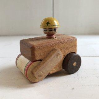 『カガモク』木のおもちゃ(こけしロードローラー)