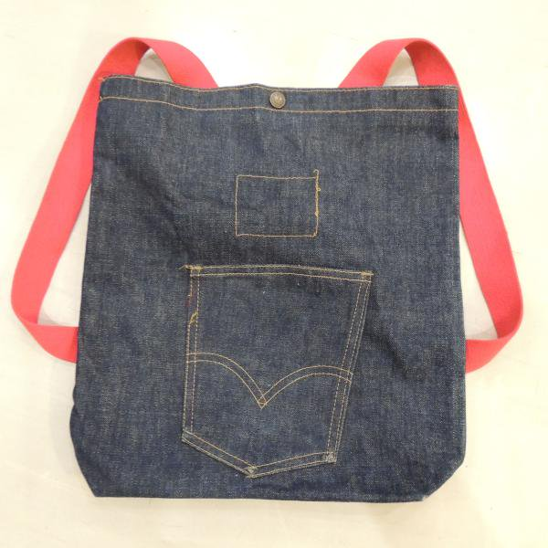 <img class='new_mark_img1' src='https://img.shop-pro.jp/img/new/icons50.gif' style='border:none;display:inline;margin:0px;padding:0px;width:auto;' />VINTAGE  LEVI�S   DENIM  BACK PACK