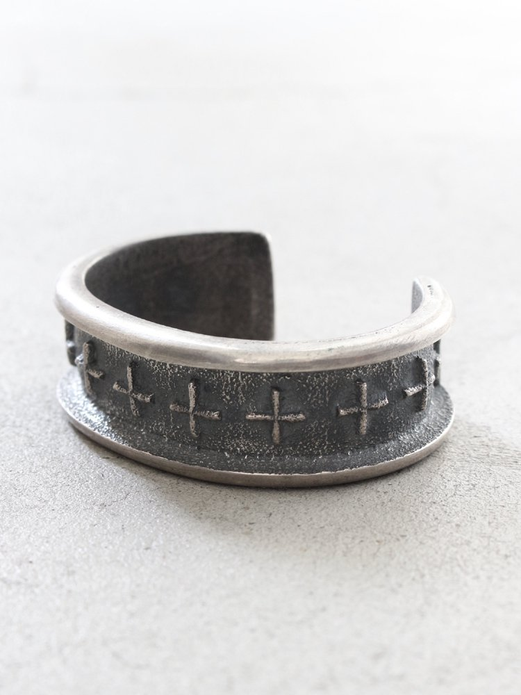 Indian Jewelry | インディアンジュエリー [NAVAJO/Harrison Jim] BANGLE #SILVER