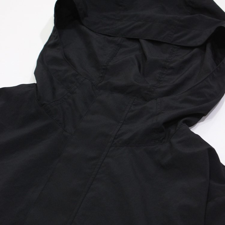 SHORT MOUNTAIN PARKA #BLACK