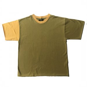 <img class='new_mark_img1' src='//img.shop-pro.jp/img/new/icons8.gif' style='border:none;display:inline;margin:0px;padding:0px;width:auto;' />TEDDY TSHIRTS-KHAKI