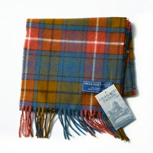 <img class='new_mark_img1' src='//img.shop-pro.jp/img/new/icons8.gif' style='border:none;display:inline;margin:0px;padding:0px;width:auto;' />HIGHLAND TWEED SCARF - BLUE