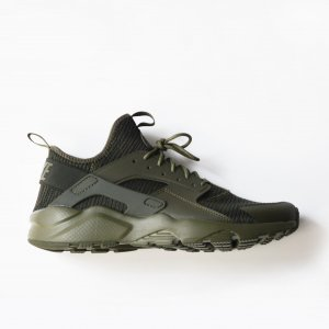 <img class='new_mark_img1' src='//img.shop-pro.jp/img/new/icons8.gif' style='border:none;display:inline;margin:0px;padding:0px;width:auto;' />メンズ / Nike / AIR HUARACHE - KHAKI