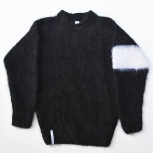 AKA Six-MOHAIR-BLACK