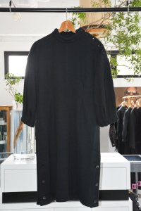 レディース / JUN OKAMOTO / Buttoned Black Dress