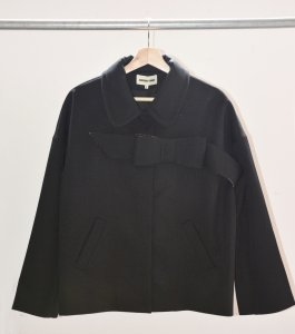 <img class='new_mark_img1' src='https://img.shop-pro.jp/img/new/icons41.gif' style='border:none;display:inline;margin:0px;padding:0px;width:auto;' />SHUSHU/TONG - Ribbon belted Jacket