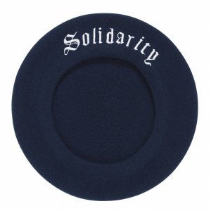 <img class='new_mark_img1' src='//img.shop-pro.jp/img/new/icons8.gif' style='border:none;display:inline;margin:0px;padding:0px;width:auto;' />SOLIDARITY BERET (NAVY) / made in France