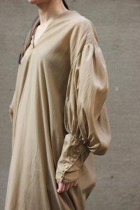 Annik(アニック) / Leg of Mutton Dress Cupro (Gold Beige)