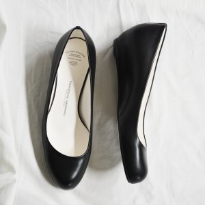 Lowround Monochrome- BEAUTIFUL SHOES by TOSHINOSUKE TAKEGAHARA