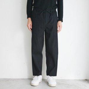 JUN OKAMOTO-まだ誰も使っていないパレットみたいなパンツ(Black)