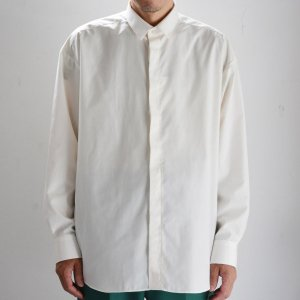<img class='new_mark_img1' src='https://img.shop-pro.jp/img/new/icons8.gif' style='border:none;display:inline;margin:0px;padding:0px;width:auto;' />TEDDY-SHORT COLLAR FRONT SHIRTS