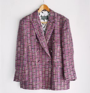 <img class='new_mark_img1' src='https://img.shop-pro.jp/img/new/icons8.gif' style='border:none;display:inline;margin:0px;padding:0px;width:auto;' />TEDDY / Double Breasted Jacket by Linton Tweed