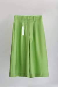 <img class='new_mark_img1' src='https://img.shop-pro.jp/img/new/icons8.gif' style='border:none;display:inline;margin:0px;padding:0px;width:auto;' />NEW ROMANTICS / Culotte Skirt Pistachio Green