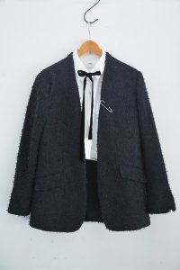 "<img class='new_mark_img1' src='https://img.shop-pro.jp/img/new/icons8.gif' style='border:none;display:inline;margin:0px;padding:0px;width:auto;' />TEDDY / No collar and button Jacket ""Choupette"" with Linton Tweed / Black"