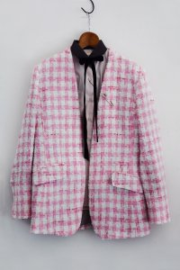 "<img class='new_mark_img1' src='https://img.shop-pro.jp/img/new/icons8.gif' style='border:none;display:inline;margin:0px;padding:0px;width:auto;' />TEDDY / No collar and button Jacket ""Choupette"" with Linton Tweed / Pink"