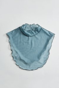 <img class='new_mark_img1' src='https://img.shop-pro.jp/img/new/icons8.gif' style='border:none;display:inline;margin:0px;padding:0px;width:auto;' />TEDDY TULLE DETATCHABLE COLLAR(Blue Grey)  / 付け襟