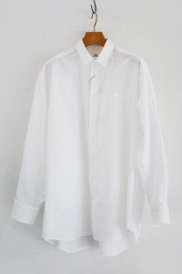 <img class='new_mark_img1' src='https://img.shop-pro.jp/img/new/icons8.gif' style='border:none;display:inline;margin:0px;padding:0px;width:auto;' />TEDDY-Wide Silhouette Shirts(Oxford White)