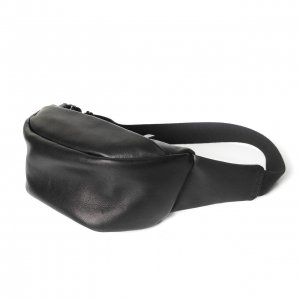 <img class='new_mark_img1' src='https://img.shop-pro.jp/img/new/icons8.gif' style='border:none;display:inline;margin:0px;padding:0px;width:auto;' />Patrick Stephen / Leather small waist bag 'demi cercle' 19 ボディバッグ
