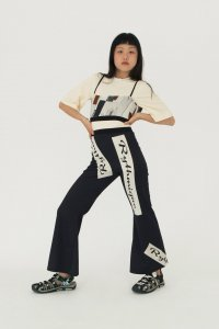 <img class='new_mark_img1' src='https://img.shop-pro.jp/img/new/icons8.gif' style='border:none;display:inline;margin:0px;padding:0px;width:auto;' />ELLISS LONDON/ RYTHMIQUE TROUSER