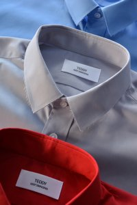 <img class='new_mark_img1' src='https://img.shop-pro.jp/img/new/icons8.gif' style='border:none;display:inline;margin:0px;padding:0px;width:auto;' />TEDDY - Ripped Collar Shirts(3 colors)