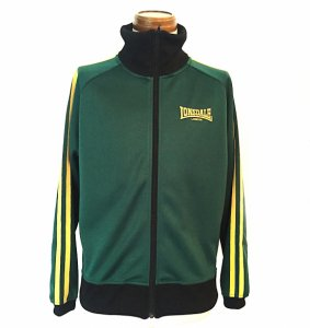 <img class='new_mark_img1' src='//img.shop-pro.jp/img/new/icons8.gif' style='border:none;display:inline;margin:0px;padding:0px;width:auto;' />LONSDALE-TRACK TOP-GREEN
