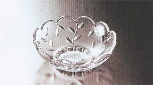 ガラスの器 リーフカット-白 盛鉢【 完売 】