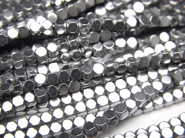 ヘマタイト 極小キューブカット2×2×2mm  シルバーコーティング 1連(約38cm)