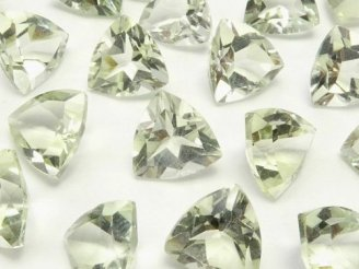 天然石卸 宝石質グリーンアメジストAAA 穴なしトライアングルファセットカット8×8×5mm 5粒580円!