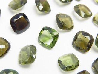 天然石卸 宝石質モルダバイトAAA スクエア型ファセットカット8×8×4mm 穴なし 1個2,980円!