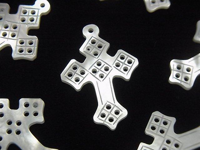 高品質ホワイトシェル 透かしクロス(十字架)27×19×2mm 1個