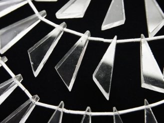 天然石卸 1連1,580円!宝石質クリスタルAAA- フラット トライアングル20×8×3mm 1連(10粒)