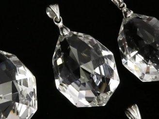 天然石卸 宝石質クリスタルAAA 多面カット入りペンダントトップ 【SS】【S】【M】 NO.2 SV925製