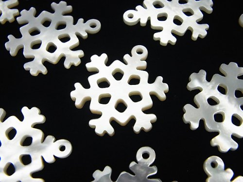 高品質ホワイトシェル 雪の結晶(透かし)24×20×2mm 1個
