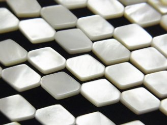 天然石卸 高品質ホワイトシェルAAA ダイヤ10×7×2.5mm 半連/1連(約38cm)