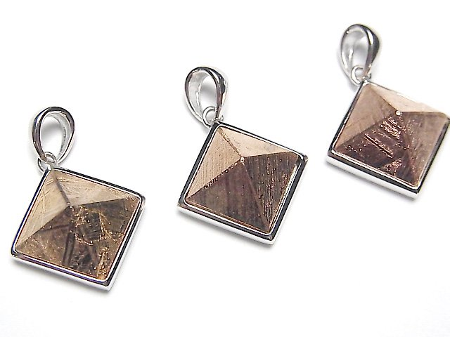 メテオライト(ムオニナルスタ隕石) ピラミッド型ペンダントトップ16×16mm ピンクゴールド 1個 SILVER925製