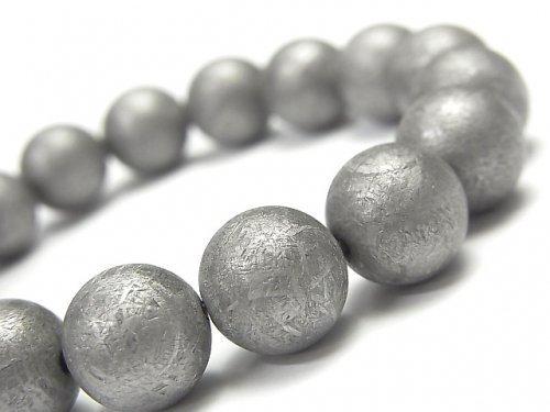 【動画】【1点もの】メテオライト(ムオニナルスタ隕石) ラウンド12mm ナチュラルカラー 1連(ブレス) NO.1