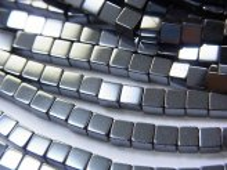 天然石卸 1連220円!ヘマタイト キューブ3×3×3 1連(約38cm)