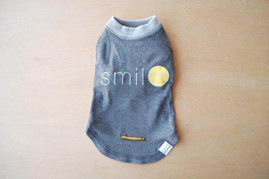 HAPPY SMILE Tシャツ グレー / アウトラスト