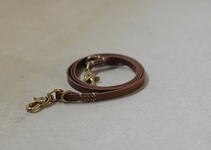 SMOOTH LEATHER LEASH / Brown - we original -