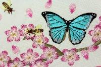 最強可愛い!桜が舞い散り、モルフォ蝶とミツバチが飛ぶ刺繍半幅帯