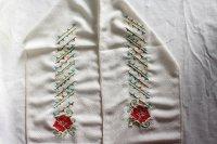 バラ柄の刺繍半襟