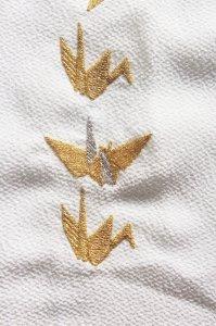 金の織鶴、銀の折り鶴の刺繍半襟