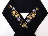 木の実と雪の結晶柄 刺繍半襟