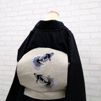 リネンに、金魚刺繍の名古屋帯