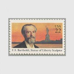 アメリカ 1985年建築家、彫刻家フレデリク・バルトルディ